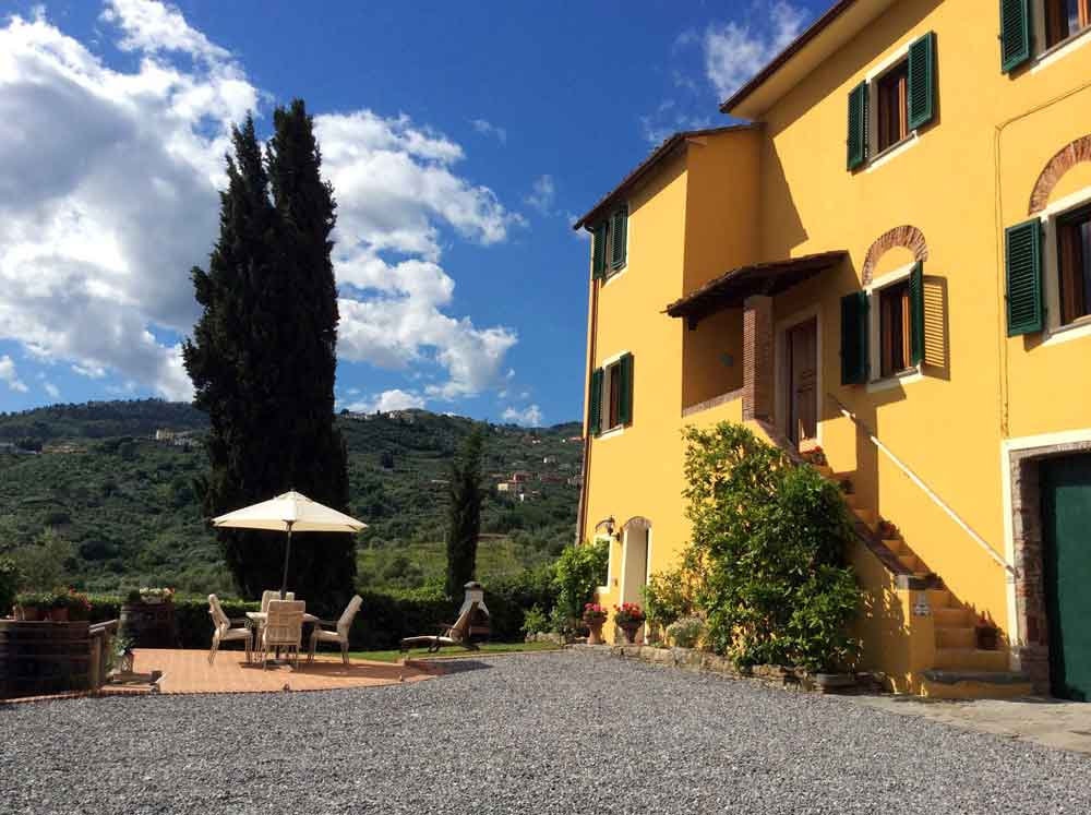 Lucca villa rental tuscany villa rental rent a villa for Rent a house in tuscany